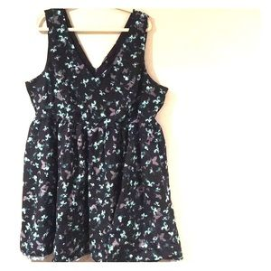 TORRID V neck Dress 26